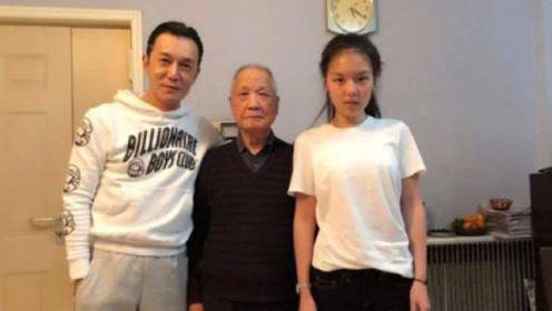 央视主持人李咏去世后,亲生女儿又出事了?网友:小姑娘要挺住啊