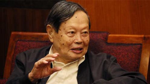 97岁诺奖得主杨振宁:多次与爱因斯坦拉家常,但遗憾没有合影
