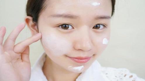 护肤时,水乳是拍好还是涂好,很多人做错了,难怪涂了也没效果