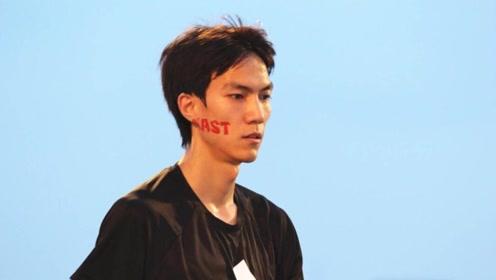 """""""人生赢家""""王宇在田径上大展英姿,在清华大学研读学位"""