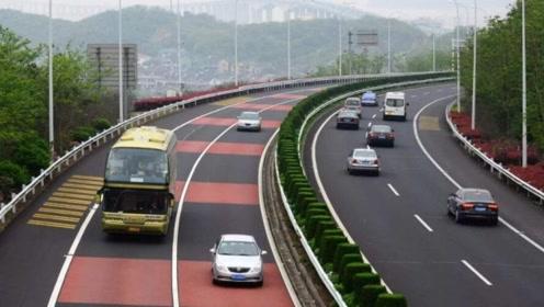 为什么高速服务区不修建隧道方便掉头?分析完你就懂了!