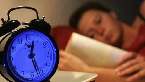 失眠多梦总早醒?每天刮手50下,入睡易,睡眠好,一觉到天亮