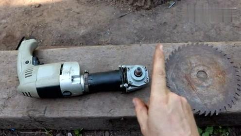 工人发明了一台新型电锯,几秒钟就能把木头锯断,速度太快了!