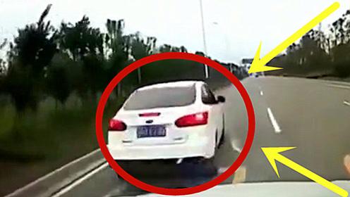 高速上的毒瘤,女司机飙车失控,临死之前还拉个垫背的!