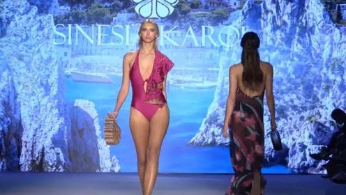 2020比基尼时装秀,展示模特那美丽的大长腿