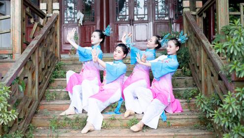 中国风踩水舞《水莲》,融于心,止于水!