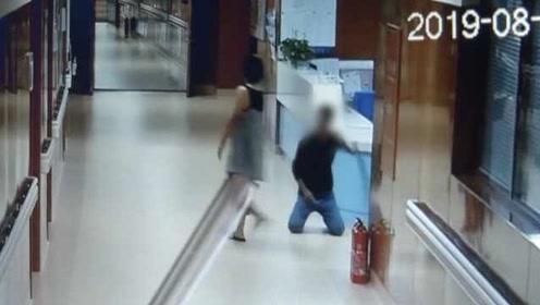 男子探望住院母亲,醉酒后坐错车,大闹医院被拘留