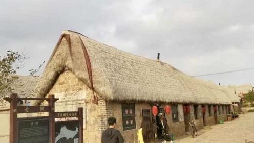 冬暖夏凉!山东这个村用海草做房顶,百年不烂还防火