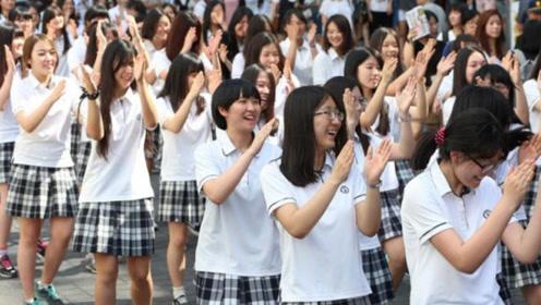 同样是课间十分钟,忍了韩国又忍了日本,看到中国:很真实