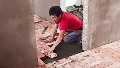 业主要求先铺一层砖,再上地板,有这必要吗?有懂行的吗?