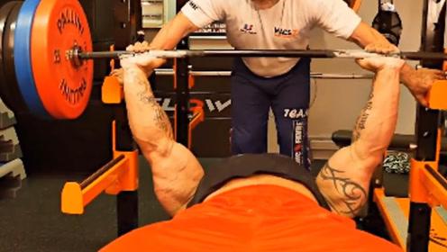 法国最强壮男人,肌肉力量无敌,练出逆天块头堪称肌肉猛兽