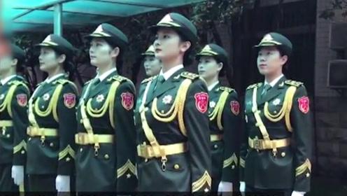 中国最帅天团抵达武汉参加世界军运会