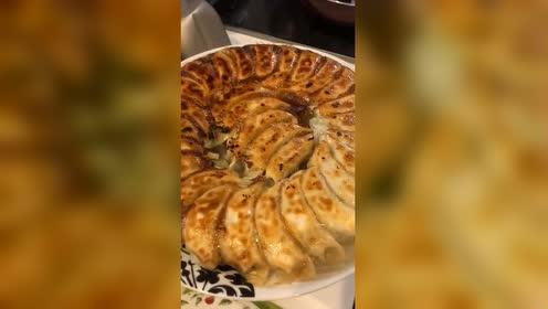 老公的拿手菜煎饺!做的比厨师还要好