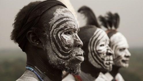 """非洲部落的男人,有一""""特殊技能""""18岁必须学会,否则直接处死!"""