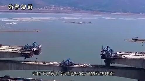 我国将266万吨水泥倒入海中,预盖跨海大桥,外国:中国人真聪明