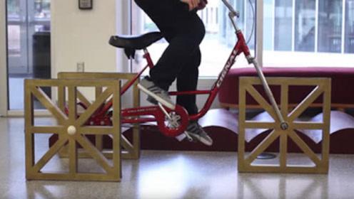 """国外大学生自制""""方形轮胎"""",骑行起来毫无压力,速度让人羡慕!"""