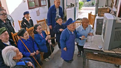 """四川奇现""""矮人村"""",村民平均身高仅有80厘米,罪魁祸首是口井"""