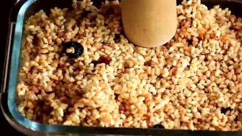 大米不一样的吃法,在家就能做美味的米糕,熊孩子的最爱!