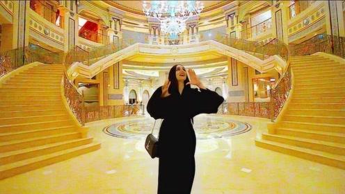 迪拜酋长的私人豪宅,进去看看才知道什么叫富丽堂皇,有钱人太快乐