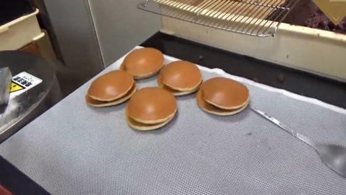 日本小吃铜锣烧,没有一定的手法还做不了,就是不知道味道如何
