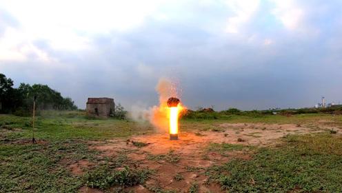 一堆仙女棒一起点燃,会出现什么样的火花?小哥作死实验了一番