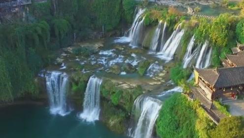 探秘中国最美的千年古镇,悬挂在瀑布之上,如今物是人非