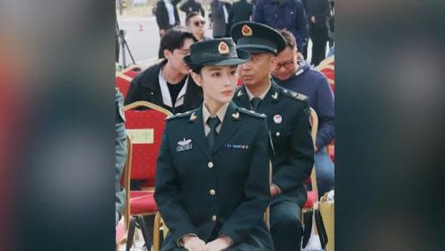 """张馨予现场被喊""""军嫂"""",部队整齐表白引热议,她的回应狂吸好感"""