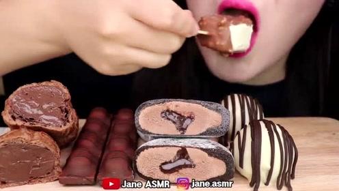 巧克力蛋糕,冰淇淋的吃播,满满的高热量,甜食爱好者的福利放送