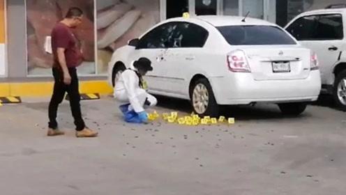 警察参与抓捕毒枭儿子遭报复被枪杀 现场留下155枚子弹壳