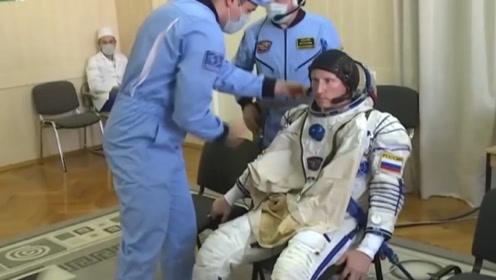 宇航员太空度过197天,重返地球竟要艰难学步!网友:算工伤吗?