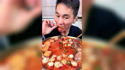 海鲜吃播:生蚝一口一只