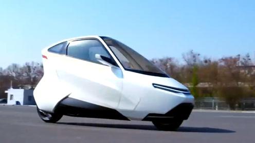国外发明的平衡电动车,充满电可以行驶321公里,售价3万起