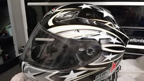 国外小哥用便宜头盔和高档头盔做实验,看后感觉为了生命安全还得用好的啊!
