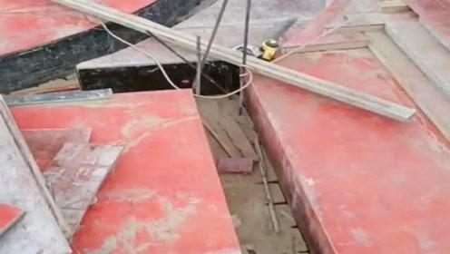 从京城来的木工,带来了新的技术,这可给钢筋工带来难题!