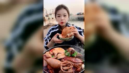 海鲜吃播:两斤大澳鲍