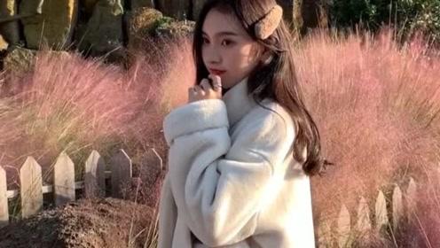 秋冬高级感气质穿搭,简约时尚的羊羔毛外套搭配,可盐可甜又优雅