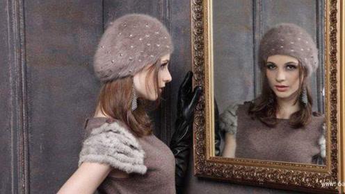 连续一个月深夜对着镜子问你是谁,人竟会崩溃?专家:心理暗示!