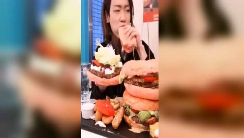 日本大胃王draco挑战吃巨无霸牛排西红柿汉堡,炸薯条和酸萝卜