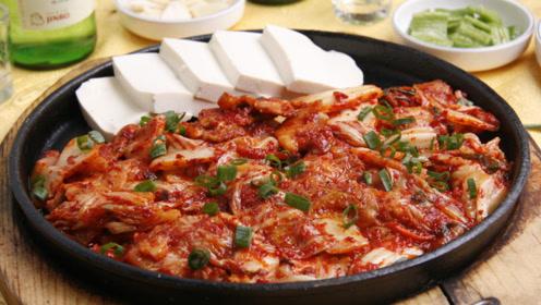 冬季,炒大白菜时多加一点它,味道提升100倍,上桌都抢着吃
