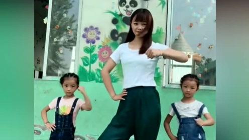 作为一个幼师,舞蹈跳成这样,无法形容了
