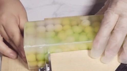 最新款的果冻布丁香皂,一刀切下去我都心疼了!