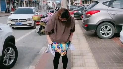衣服裤子反面了,不用翻过来也能穿,你试过吗?