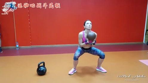 """""""壶铃""""减肥法好!俄罗斯健身达人教你用它狂甩脂"""