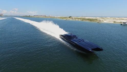 """美国最牛""""超级跑车"""",马力是布加迪2倍,开到水里后才知道实力"""
