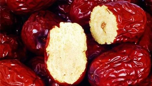 市面上卖的红枣又大又红,难道是用硫磺熏过?新疆老果农说出真相
