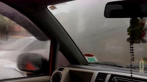 车窗起雾怎么办?老司机:不用暖风吹,这两招省钱又安全