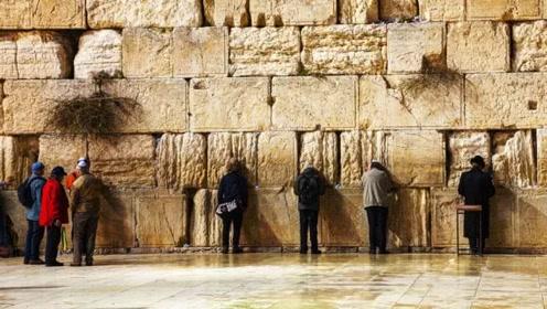 世界上最悲伤的墙,人们一看到它就哭泣,他们到底在哭什么?