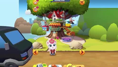 好玩的游戏:安吉拉猫发现小偷的车翻进水沟里了!