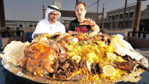 迪拜人每天吃什么?看完他们的三餐后,网友:好想和他们做朋友