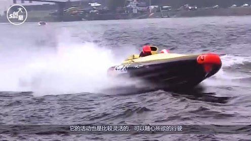 老外给快艇装了两个劳斯莱斯V12引擎,开启开关的瞬间,才知道有多霸气